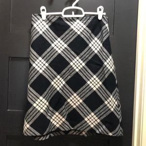 Talbots Size 10 Wool Black and White Skirt